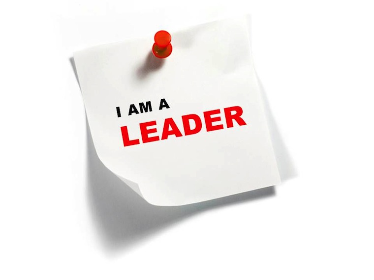 Sticky-Note-with-I-Am-a-Leader